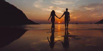 حياة جنسيّة صاخبة اثناء الصيف... مُسبّباتها: نشوة العطلة أم حرارة الصيف